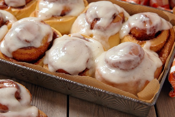 Grammy's BEST Cinnamon Roll Recipe