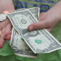 Guest Post | 5 Ways To Make Money Around The House