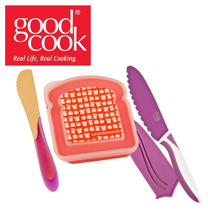 Giveaway | Good Cook PB&J Spreader, Sandwich Knife and Sandwich Keeper Review & Giveaway
