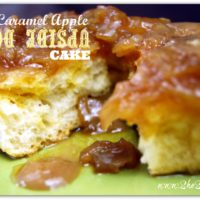 Easy Caramel Apple Upside Down Cake Recipe