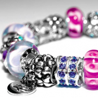 Joseph Nogucci IRIS Signature Glass Beads and Charms Review + Giveaway