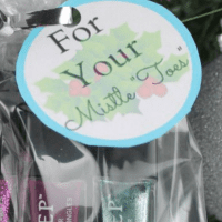 For Your Mistle Toes FREE Printable Gift Tags