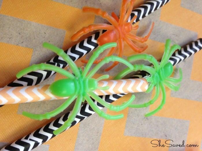 Halloween Craft: Creepy Crawly Spider Straws