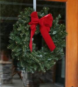 visit the five star christmas tree website to check it all out hr_0000107_fraser wreath_390