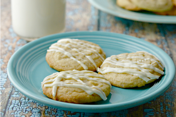 Eggnog Cookie Recipe + Eggnog Frosting Recipe