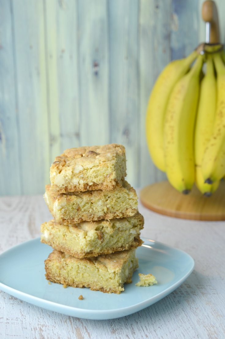 These Banana Pudding Bars are a delicious snack that your family will love. Make sure to pin them for the next time that you want to bake with bananas!