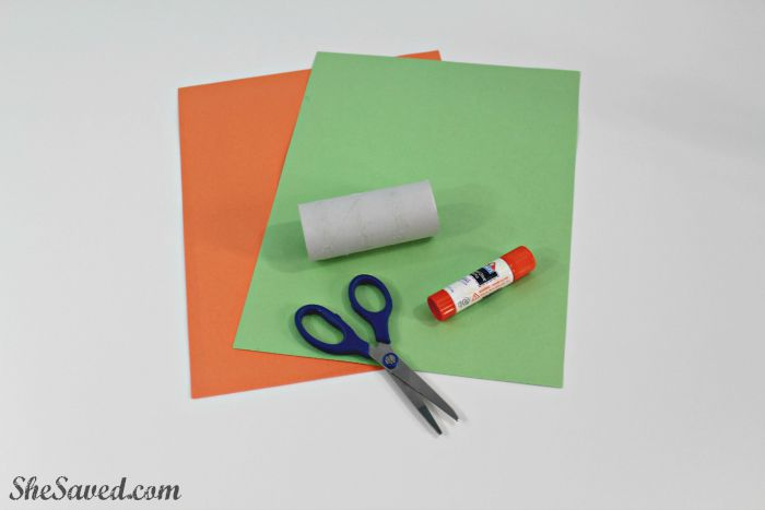 Perfect for little hands, this paper pumpkin craft project is easy and fun to make!