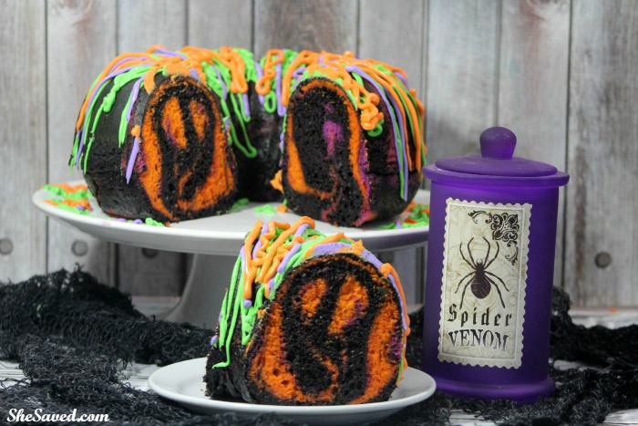 Get creative and make this spooky cake for Halloween!