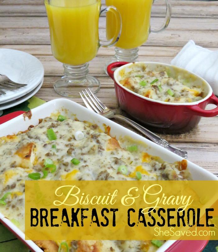 Looking for a yummy breakfast idea? This Biscuit & Gravy Breakfast Casserole Recipe will be a hit with your breakfast lovers!