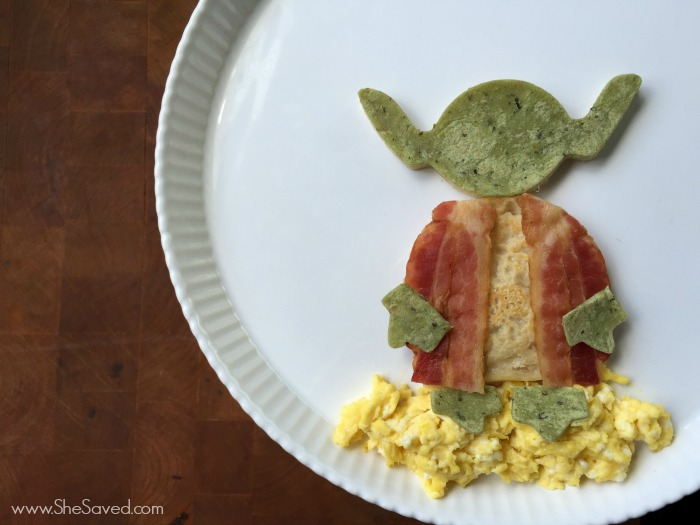 If you have young (or old!) Star Wars fans, this Yoda Star Wars breakfast will be an out of this galaxy hit for breakfast on May the 4th!