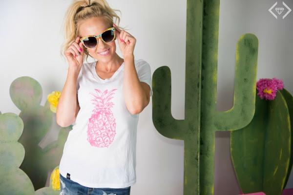 pineapple shirt 2