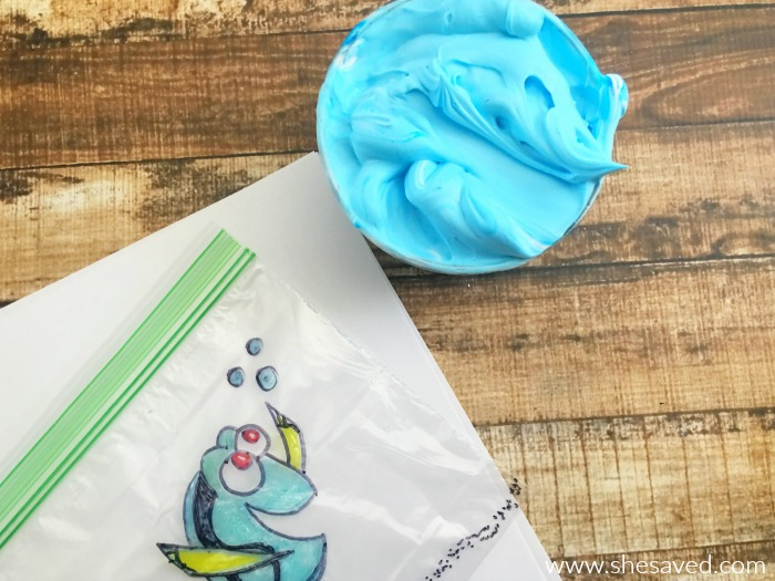 Here's a fun Finding Dory Craft that would be great for themed Nemo Birthday Parties or classroom activities. Fun and mess free!
