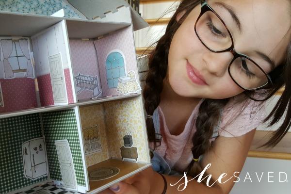 Mini Lou Dollhouse