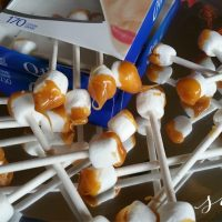 Gross Halloween Party Food: Dirty Earwax Q-Tip Treats