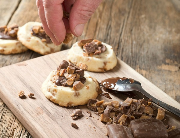 easy-ice-box-shortbread-cookies-from-hello-creative-family