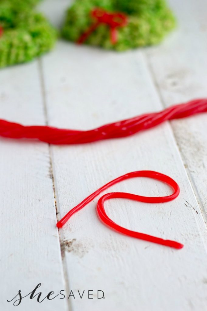 Creating a Twizzler Bow