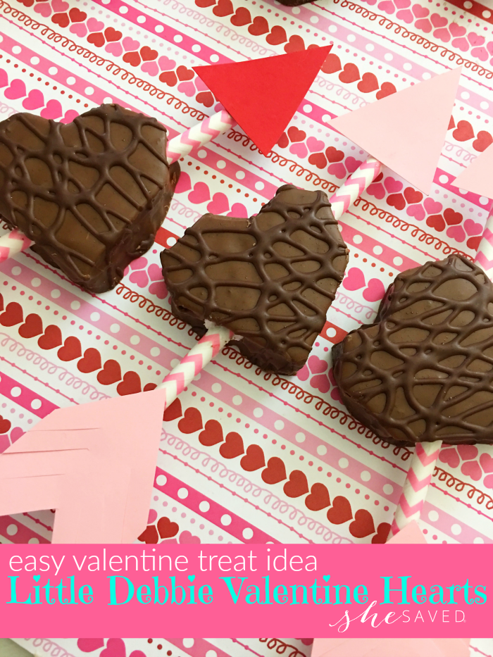Super cute and EASY, these Little Debbie Valentine Hearts are perfect for those times when you are short on time but have the best intentions!