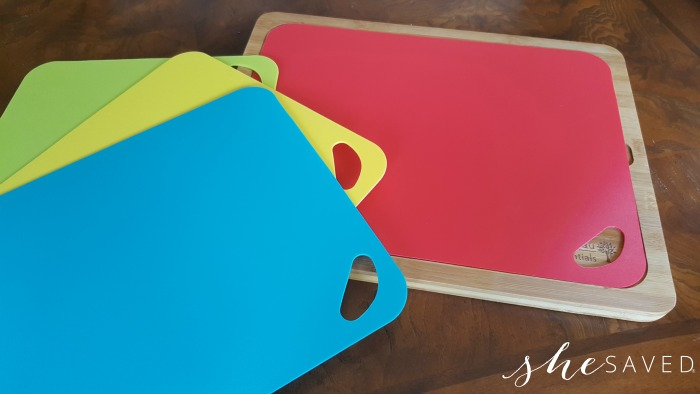 Product Review: Eco-Friendly Cutting Board from DeVeau Essentials