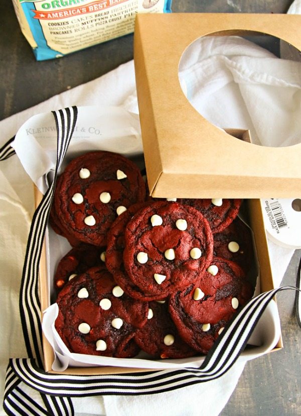Red Velvet cookies for Christmas