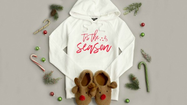 B2G1 FREE on Blanket Scarves + HOT Buys on Holiday Tees and Sweatshirts + FREE Shipping!!