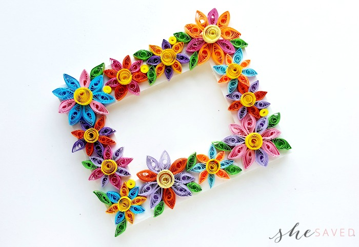 Easy paper quilling craft quilled flower frame shesaved paper quilling is actually a fascinating form of art and there are so many fun things you can do with it once you start getting good at it mightylinksfo
