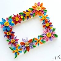 Easy Paper Quilling Craft: Quilled Flower Frame