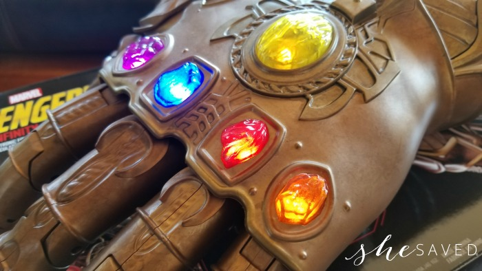Thanos Infinity Gauntlet, toy reviews, marvel toys, legends, thanos gauntlet