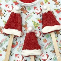 Easy Christmas Dessert: Santa Hat Treats