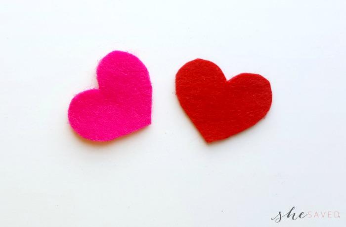 Tiny Felt Hearts
