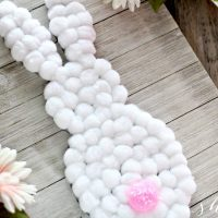 EASY DIY Easter Bunny Wall Hanging
