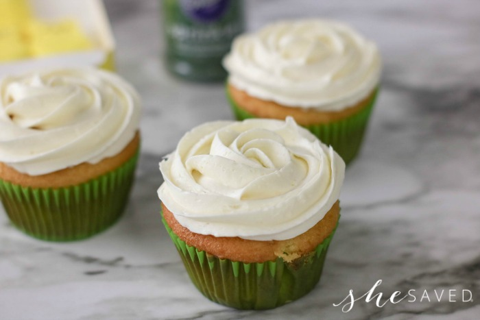 How to frost a cupcake like a rose