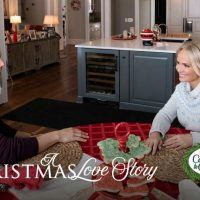"Hallmark Hall of Fame Premiere of ""A Christmas Love Story"" on Saturday, Dec. 7th at 8pm/7c! #CountdowntoChristmas"