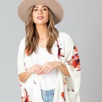 How to Wear Kimonos Looks We Love + HOT Deal