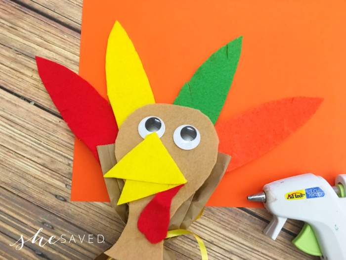 Turkey Bag Craft with felt feathers
