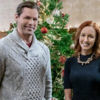 "Hallmark Movies & Mysteries Movie Premiere of ""Swept Up by Christmas"" on Saturday, December 19th at 10pm/9c! #MiraclesofChristmas"