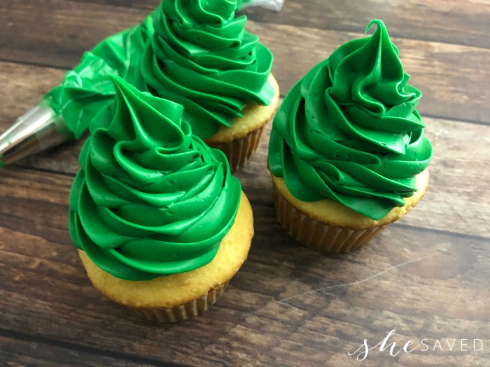 How to make a tree out of frosting
