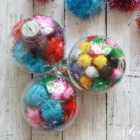 Easy DIY Pom Pom Ornament Christmas Craft for Kids