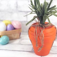 Terra Cotta Pot Carrot Craft for Easter!