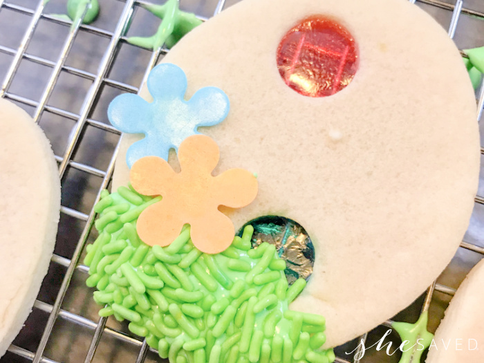 How to Make Jolly Rancher Stained Glass Cookie