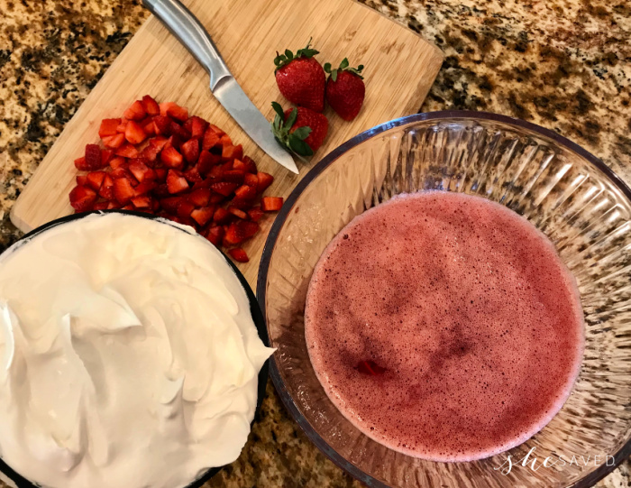 Jello Pie with Strawberries